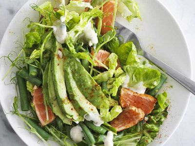 "Recipe: <a href=""http://kitchen.nine.com.au/2018/01/16/15/41/salad-with-spicy-salmon-and-avocado"" target=""_top"" draggable=""false"">Salad with spicy salmon and avocado</a><br> <br>"
