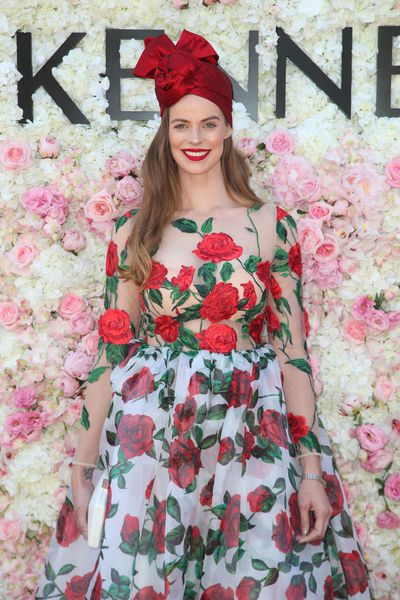 Model Robyn Lawley in Con Ilio