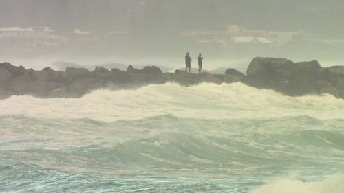 Huge swells are reshaping southeast Queensland's coastline. (9NEWS)