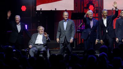 All five living US ex-presidents unite for charity concert