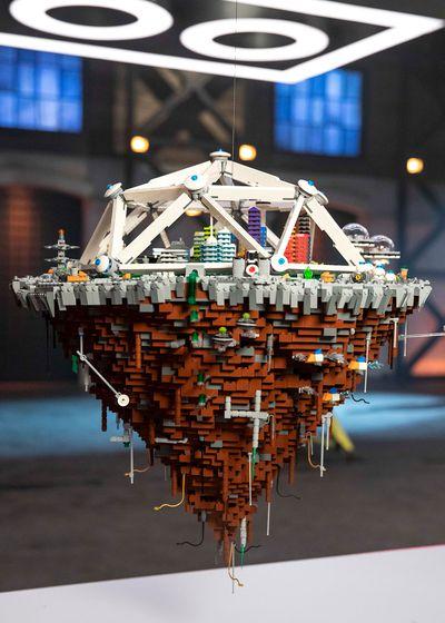 Micro-Scale City — One Hanging Brick challenge