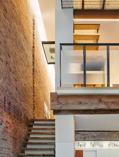 <strong>Linda Pollak and Sandro Marpillero, husband and wife team, MPA Architects<br /> 1860s Shoe Factory conversion, Tribeca</strong>