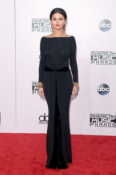 Selena Gomez in Armani Privé at the 2014 American Music Awards