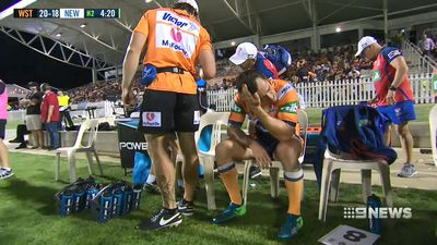 Newcastle halfback Mitchell Pearce out for four months with pectoral muscle injury