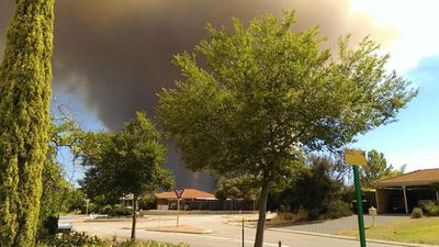 Residents were urged to be on alert as the fire moved in a north-easterly direction. (Geek Chick, Twitter)