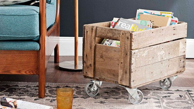 Mobile storage crate