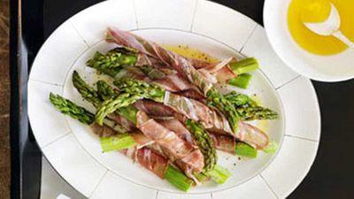 """Recipe:<a href=""""http://kitchen.nine.com.au/2016/05/19/13/16/asparagus-prosciutto"""" target=""""_top"""">Asparagus & prosciutto</a>"""