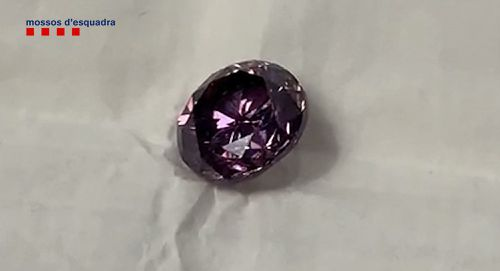 Rare 'purple' diamond