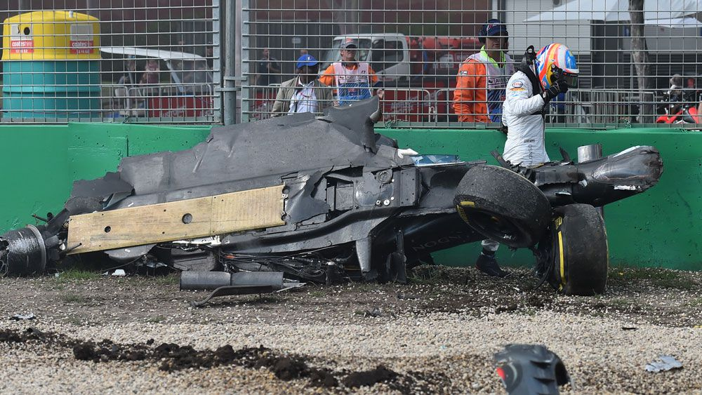 Alonso crash brings out red flags in Melbourne