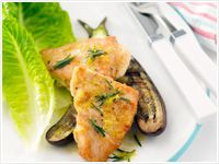 Pan-fried chicken breast with rosemary and lemon