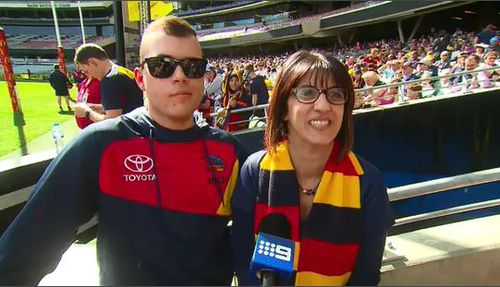 Die-hard Crows supporters, Christian and Mim Lopreti. (9NEWS)