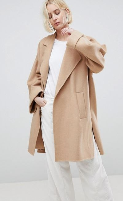 "<a href=""http://www.asos.com/au/asos/asos-design-coat-with-seam-detail/prd/8860365?clr=camel&amp;SearchQuery=&amp;cid=11893&amp;gridcolumn=2&amp;gridrow=1&amp;gridsize=4&amp;pge=1&amp;pgesize=72&amp;totalstyles=229"" target=""_blank"" draggable=""false"">ASOS Design Coat with Seam Detail in Camel, $149</a>"