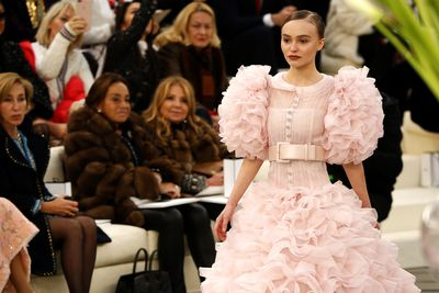 <p>Models of the moment Lily-Rose Depp, Bella Hadid and Kendall Jenner have floated down the runway for Chanel's latest haute couture collection.</p> <p>The highlight of Paris Fashion Week, the Chanel show was an infectious blend of froth and bubble, frills and flash. There was a Jackie Kennedy vibe with plaid suits and pillbox hats and sharply-waisted dresses in perfect pastel shades.</p> <p>Evening wear saw slashed necklines with elaborate ladylike details that hinted at more conservative days gone by. Fashion commentators noted that many of the designs allowed for fuller hips, a curvy derriere, even a rounded middle - a welcome respite from recent fashions that flattered only the slimmest of women.</p> <p>Could it be that creative director Karl Lagerfeld, who once referred to songstress Adele as 'a little bit fat', has changed his mind about the curvy woman? It's certainly beginning to look that way and we're loving him for it.</p>