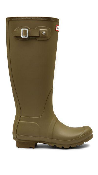 "<a href=""http://hunterbootsaustralia.com.au/collections/original-tall/products/original-tall-olive"" target=""_blank"">Original Tall Boot, $162, Hunter</a>"