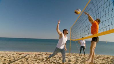 Luke gives it his all against Ronnie in a Volleyball game on The Block 2021