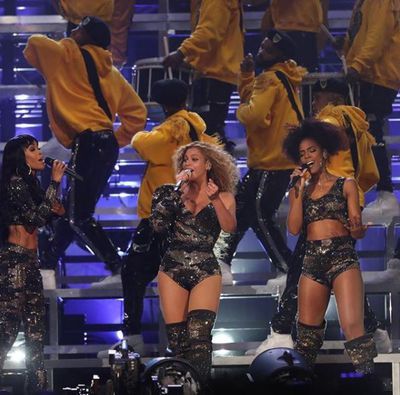 Beyoncé bringing out her Destiny's Child girls, Kelly Rowland and Michelle Williams - in Balmain once again