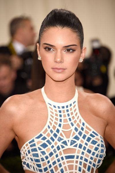 Kendall Jenner chose contouring and a sleek up 'do to highlight her natural glow.