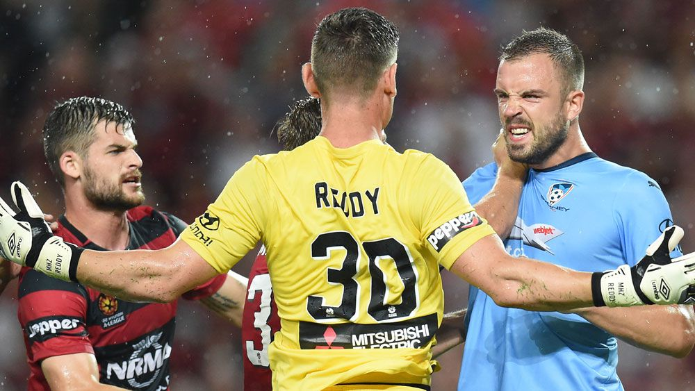 Sydney FC hold Wanderers to 1-1 draw
