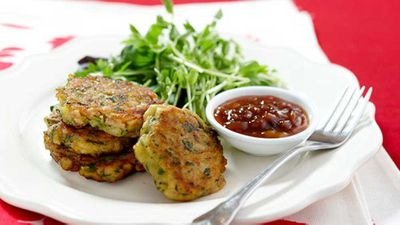 "Recipe:&nbsp;<a href=""http://kitchen.nine.com.au/2016/05/17/12/13/corn-and-bacon-fritters"" target=""_top"">Corn and bacon fritters</a>"
