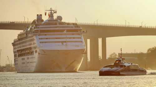 Gastro strikes down 90 people on Sun Princess cruise from Brisbane