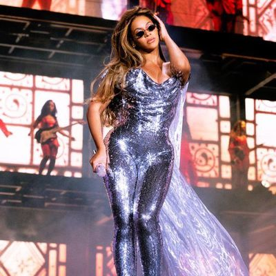 Beyonce performs during her 'On The Run' Tour to a crowd inSanta Clara, California, September, 2018.