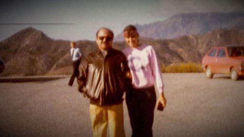 A young Jill Dodd stands next to her billionaire arms dealer 'boyfriend'. (Supplied)