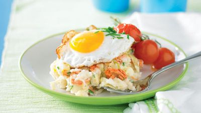 "<a href=""http://kitchen.nine.com.au/2016/05/13/11/18/colcannon-with-salmon-and-fried-eggs"" target=""_top"">Colcannon with salmon and fried eggs</a>"