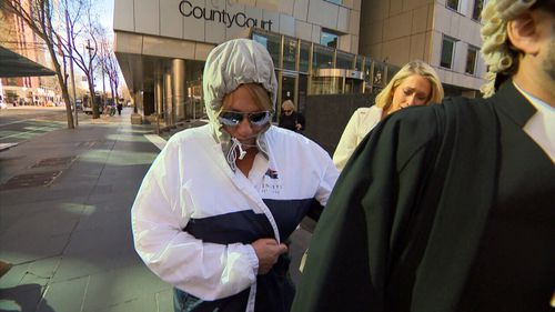 Unregistered builder Michelle Hosking stole $100,000 from her friends.