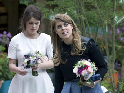 Princess Eugenie and Princess Beatrice, 2016