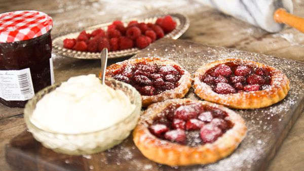Rough puff pastry: raspberry & jam tartlets