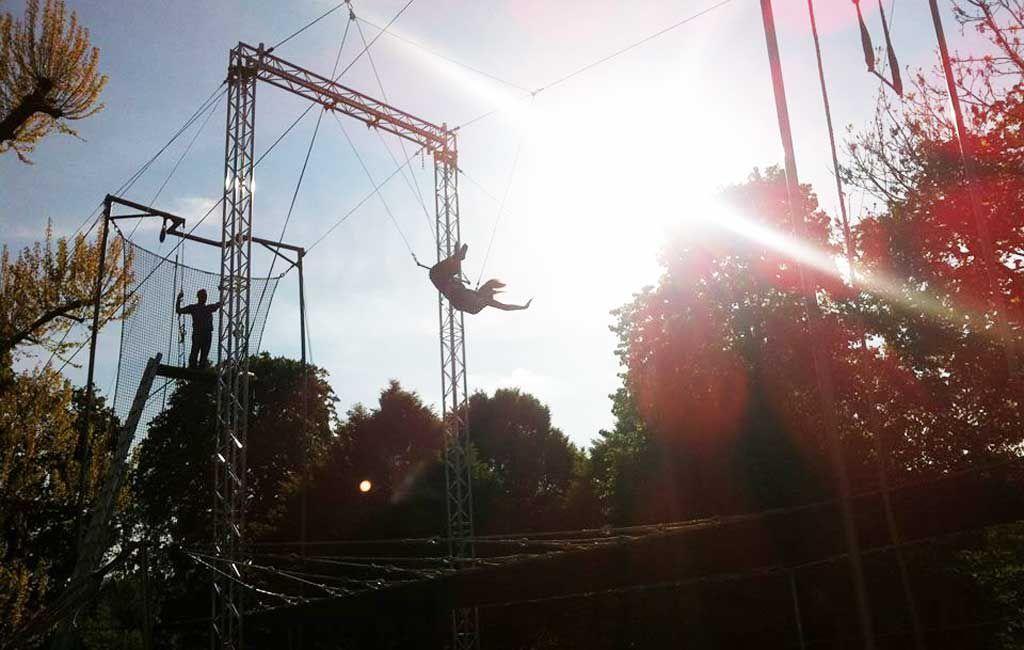 Gorilla Circus Flying Trapeze School in London