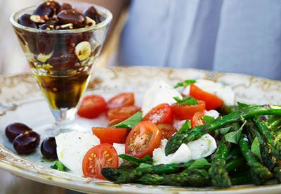 Warm olive and asparagus platter