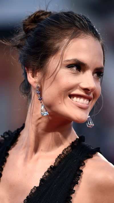 Alessandra Ambroiso wears earrings by Chopard at the <em>Spotlight</em> premiere.
