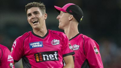 Abbott steers Sixers to BBL win over Heat