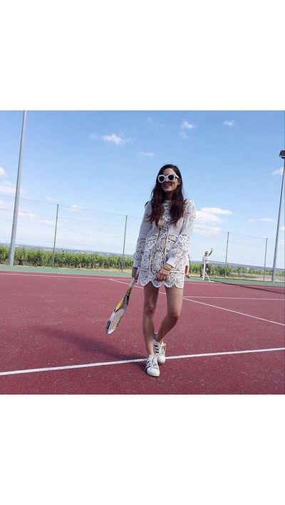 <p>Later, ​<strong>​<em>​</em></strong>Carisi gives a lesson in tennis chic.</p>