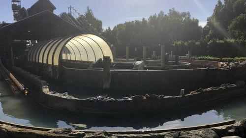 Three hurt in log ride crash at amusement park