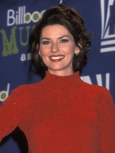 Twain went for a classic beauty combination consisting of a red lip and subtle smokey eye for one of her first-ever red carpet appearances at the 1995 Billboard Music Awards.