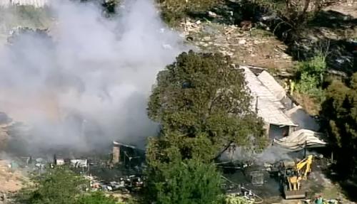 Fire tears through home, car in Melbourne