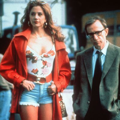 <p>Woody Allen and Mira Sorvino in <em>Mighty Aphrodite</em></p><p><strong>Age gap:</strong> 31 years, 10 months</p>