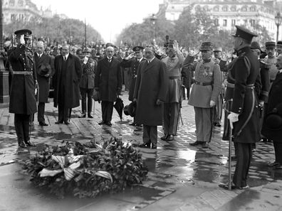 King George V at the Tomb of the Unknown Warrior on Armistice Day 1920.