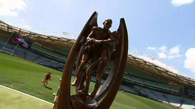 The Provan-Summons Trophy arrived at Sydney's ANZ Stadium ahead of the final. (9NEWS)