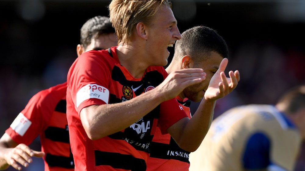 Wanderers defeat Jets for first home win