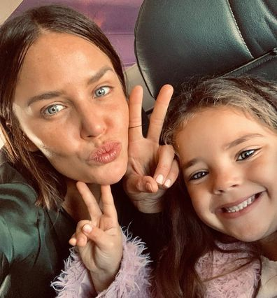 Jodi Anasta and daughter Aleeia selfie