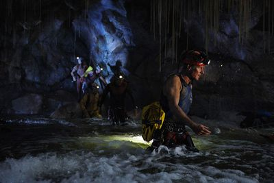Even though James Cameron served as executive producer of this Australian-made underwater cave horror flick, it metaphorically and literally sunk to the bottom of the ocean ... much like the real Titanic.