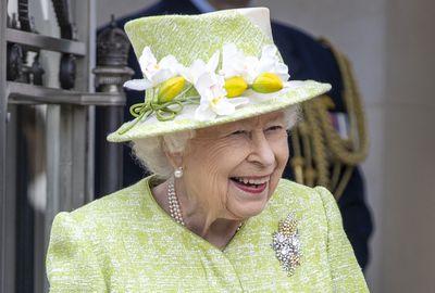 The Queen's Australian Wattle brooch
