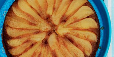 Frypan pear upside-down cake