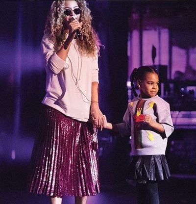 Blue Ivy rocking a Gucci leather skirt while on stage with mum, Beyoncé