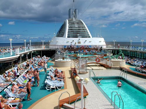 Shine Lawyers is investigating a class action on behalf of people who took cruises on the Sun Princess in late 2016 and early 2017. (AAP)