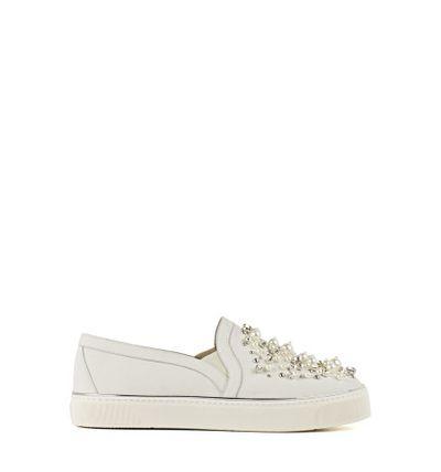 "<p>Feet first</p> <p>Stuart Weitzman, pearl embellished sneaker $880 at <strong><a href=""http://shop.davidjones.com.au/djs/ProductDisplay?catalogId=10051&amp;productId=12755011&amp;langId=-1&amp;storeId=10051"" target=""_blank"">David Jones</a></strong><br> </p>"
