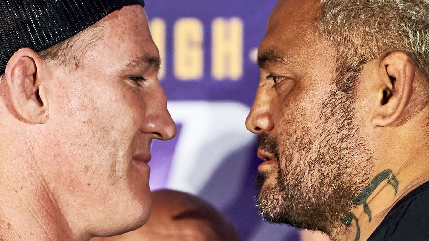 Paul Gallen survives brutal Mark Hunt blows in unanimous points win
